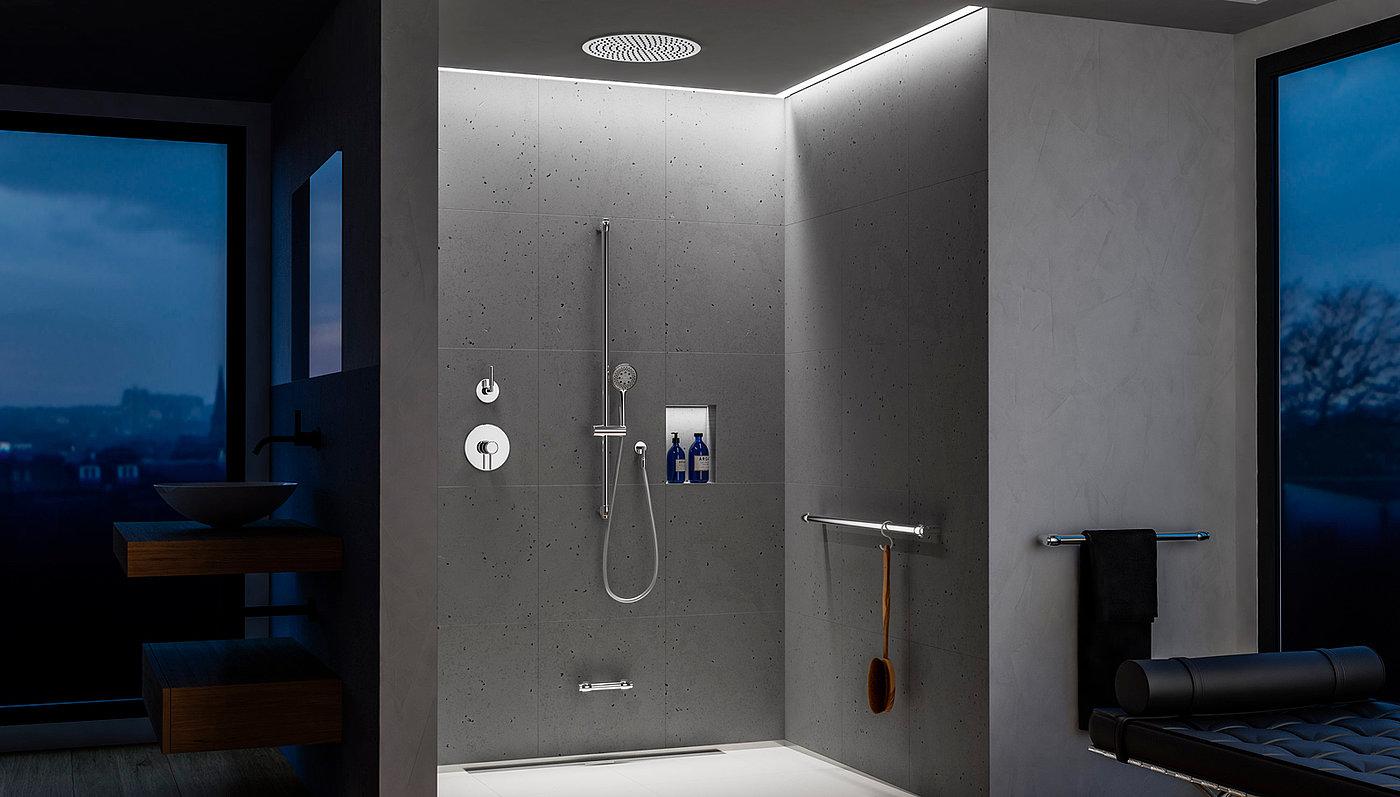 Eine Duschstange in Perfektion. Vollverchromt   Erlau